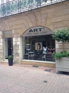 Art' Visagiste - Coiffeur - Saintes