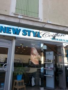 Atelier New Styl Coiffure EURL - Coiffeur - Combs-la-Ville