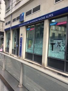Banque Populaire Auvergne Rhône Alpes - Banque - Villeurbanne