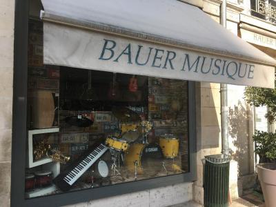 Bauer Musique - Vente et location d'instruments de musique - Orléans