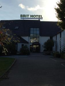 Brit Hotel Le Kerotel - Restaurant - Lorient