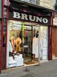 Bruno - Vêtements femme - Paris