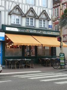 Cafe de la Poste - Restaurant - Elbeuf