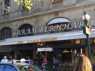 Le Sarah Bernhardt - Café bar - Paris