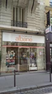 Camille Albane - Coiffeur - Paris
