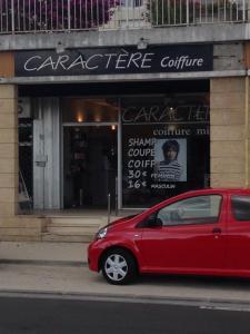 Caractère Coiffure - Coiffeur - Saintes