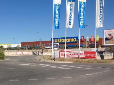 Castorama - Matériaux de construction - Fréjus