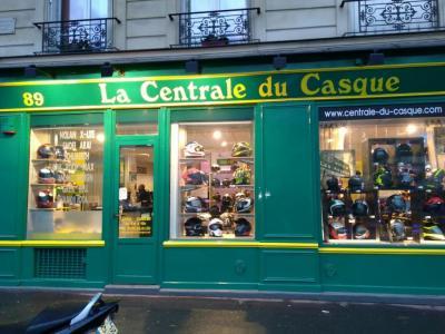 CDC La Centrale Du Casque - Vente et réparation de motos et scooters - Paris