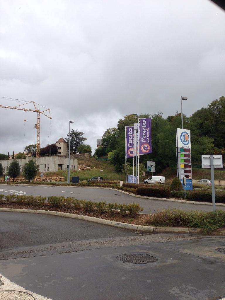 Eleclerc Cahors Pradines Station Service Adresse Avis
