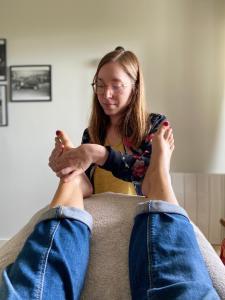 Charlotte Carrière - Réflexologie Plantaire - Relaxation - Chamalières