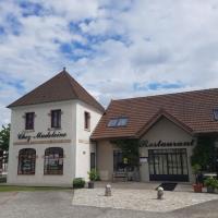 Chez Madeleine Sarl Jeomadnie - COUR CHEVERNY