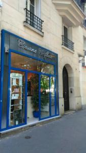 Corinne Coiffure Sarl - Coiffeur - Paris