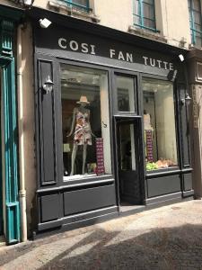 Cosi Fan Tutte - Vêtements femme - Saint-Germain-en-Laye