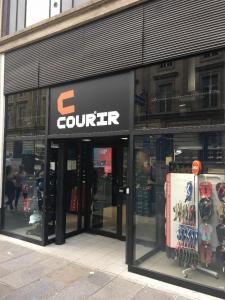 Courir - Chaussures - Paris