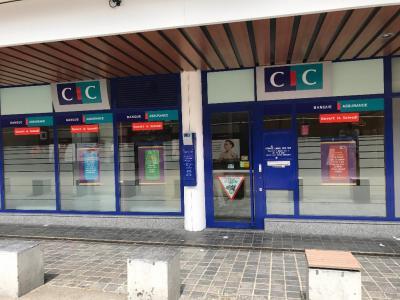 Cic - Banque - Montigny-le-Bretonneux
