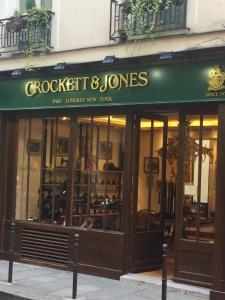 Crockett And Jones - Chaussures - Paris