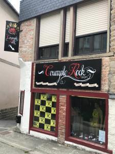 Crumple Rock - Vêtements femme - Vannes