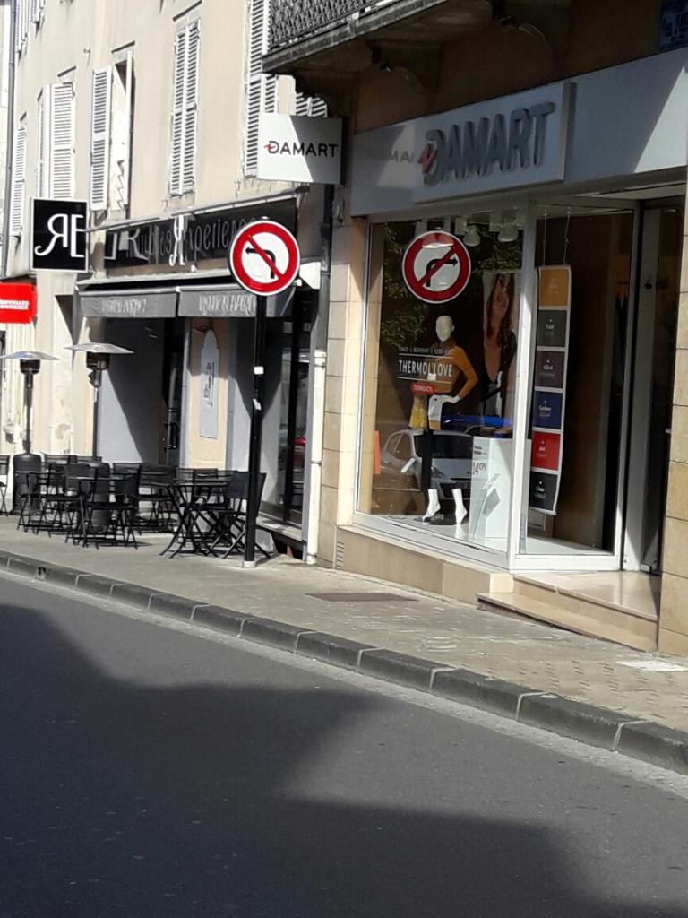 exquisite design authentic get new Damart, 2 pl Henri Mirpied, 18000 Bourges - Magasins de ...