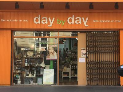 Day By Day - Alimentation générale - Paris