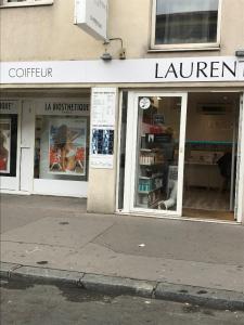 Laurent Delom - Matériel de coiffure - Villeurbanne