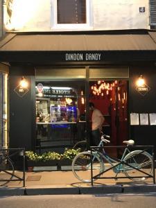 Dindon Dandy - Bar à thèmes - Paris