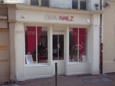 Diva Nailz - Manucure - Saint-Germain-en-Laye