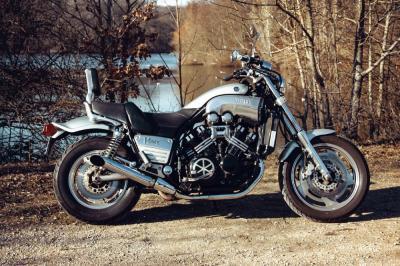 DMS/ FKZC Motos - Agent concessionnaire motos et scooters - Suresnes