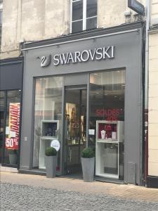 Swarovski - Bijouterie fantaisie, 15 r Bolton, 72000 le Mans ...