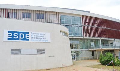 E . S . P . E Clermont-auvergne École Supérieure du Professorat et de l'Éducation - Bibliothèque et médiathèque - Chamalières