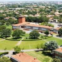 Ecole Nationale Vétérinaire De Toulouse - TOULOUSE