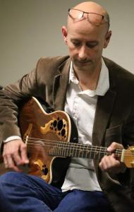 Emmanuel D. Cours de guitare sans solfège pour enfants et adultes - Guitares - Tours