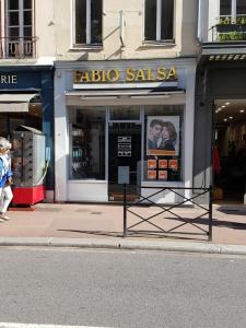 Fabio Salsa - Coiffeur - Saint-Germain-en-Laye