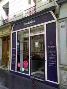 Family Avon Auto Ecole Pernety - Auto-école - Paris