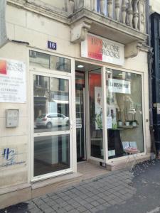 Françoise Books Le Salon - Coiffeur - Blois