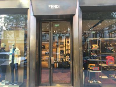 Fendi France - Chaussures - Paris