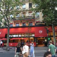 Le Wepler - PARIS