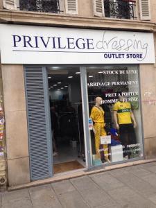 Azer - Dépôt-vente de vêtements - Paris
