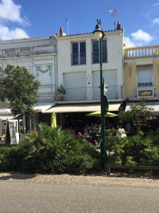 French Coffee Shop - Salon de thé - Les Sables-d'Olonne