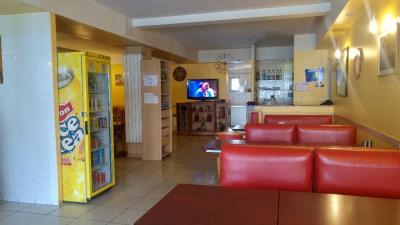 Genc Ahmet - Restaurant - Creil