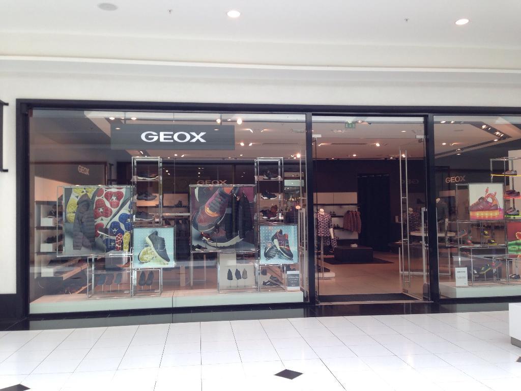 Geox Retail S.R.L Paris Magasin de chaussures (adresse)