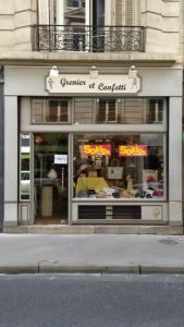 Grenier et Confetti - Grand magasin - Paris