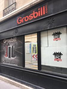 Grosbill - Vente de matériel et consommables informatiques - Paris