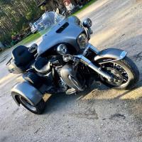 Harley Davidson - BÈGLES