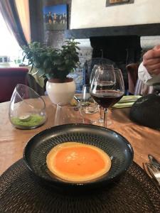 Hostellerie Saint Jacques - Restaurant - Saint-Saud-Lacoussière