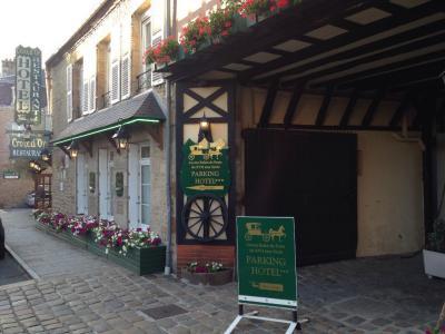 Hôtel de La Croix d'Or - Restaurant - Avranches