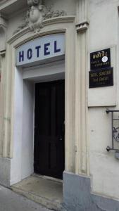 Sté Hôtel Le Surcouf - Hôtel - Paris