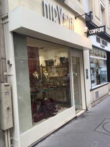 Idéal Diffusion - Bijouterie fantaisie - Paris