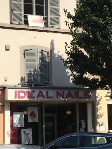 Idéal Nails - Manucure - Villefranche-sur-Saône
