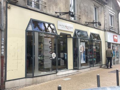 Intermède Saint Karl Coiffure - Coiffeur - Aulnay-sous-Bois