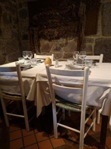 L'Ousta Bas - Restaurant - Peyre-en-Aubrac